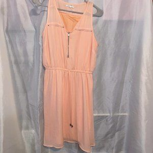 peach v-neck Dress with front zipper
